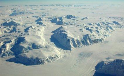Почему Южный полюс холоднее